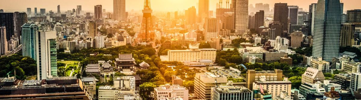 Tokyo Tower Japan iStock_000086196123_Large-2