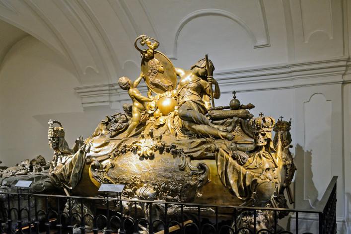 Tomb ofKarl VI von Habsburg shutterstock_340363355 EDITORIAL ONLY Kisa_Markiza-2