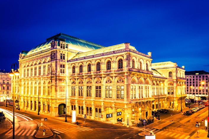 Vienna Opera House, Austria iStock_000021257773_Large-2