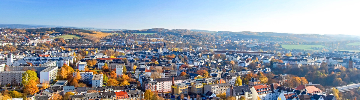 Vogtland City Panorama iStock_000088122357_Large-2