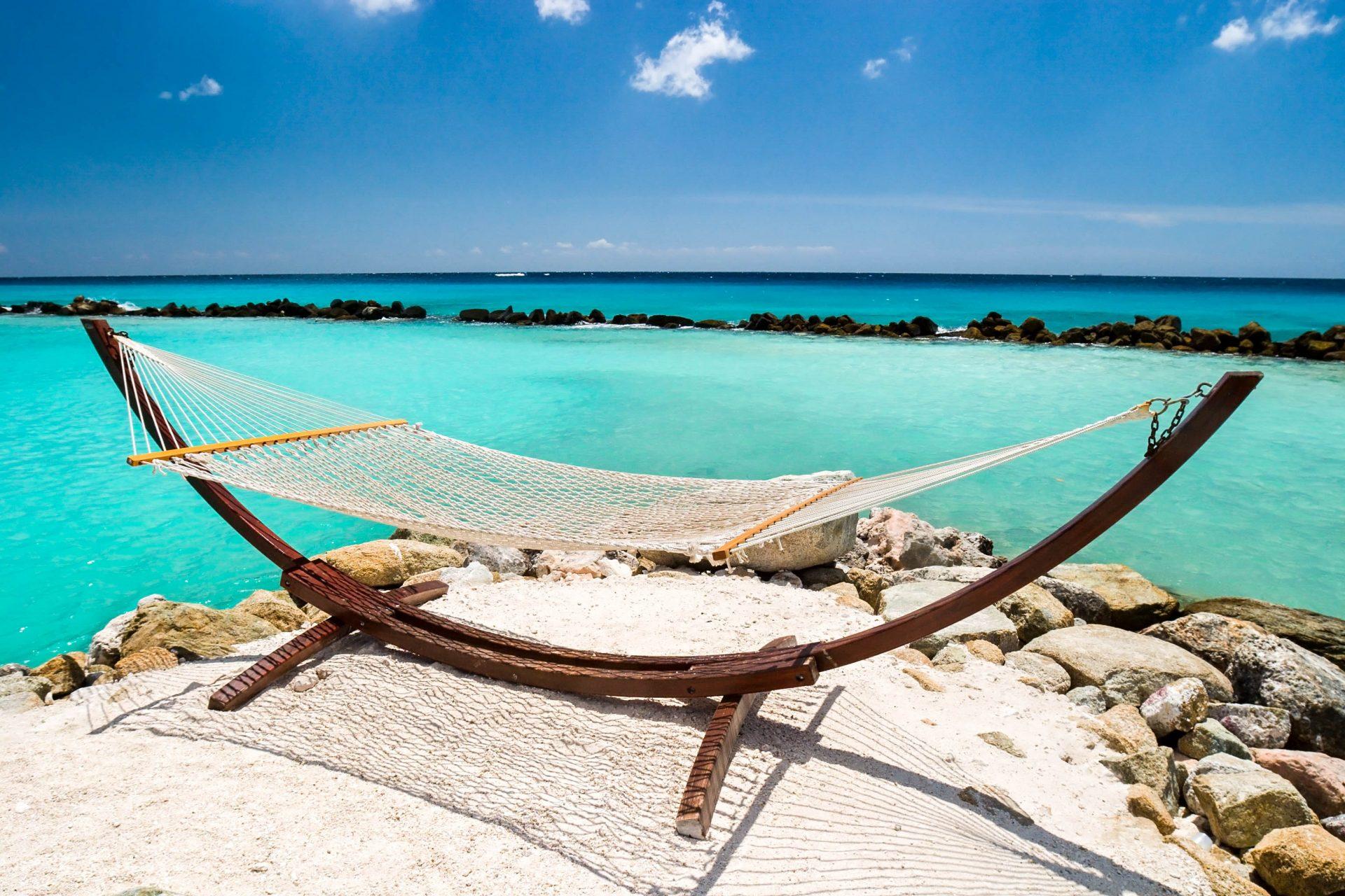 Aruba Hängematte mit Strand und Meer in Aruba