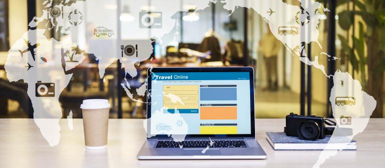 e-commerce concept travel online shutterstock_333722420-2