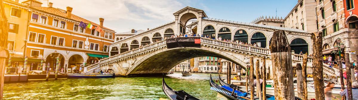 Grand Canal Rialto Bridge Venice iStock_000074079099_Large-2