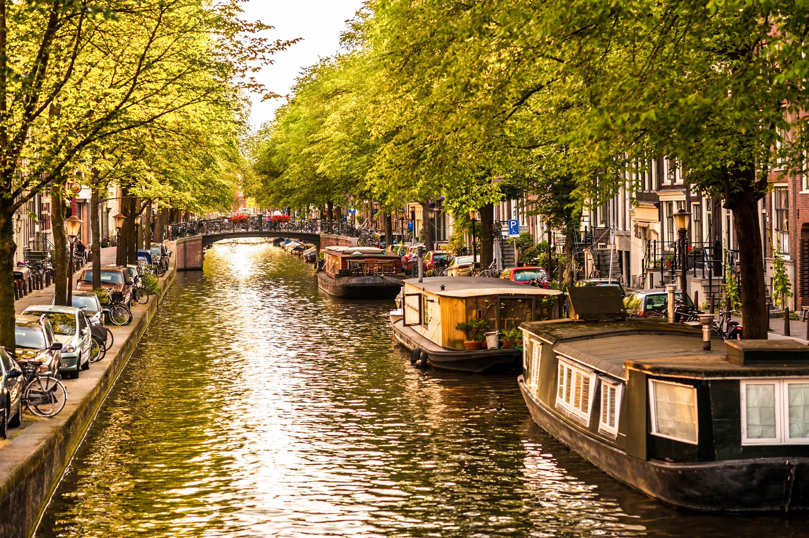 Last Minute Amsterdam Flug Und Hotel