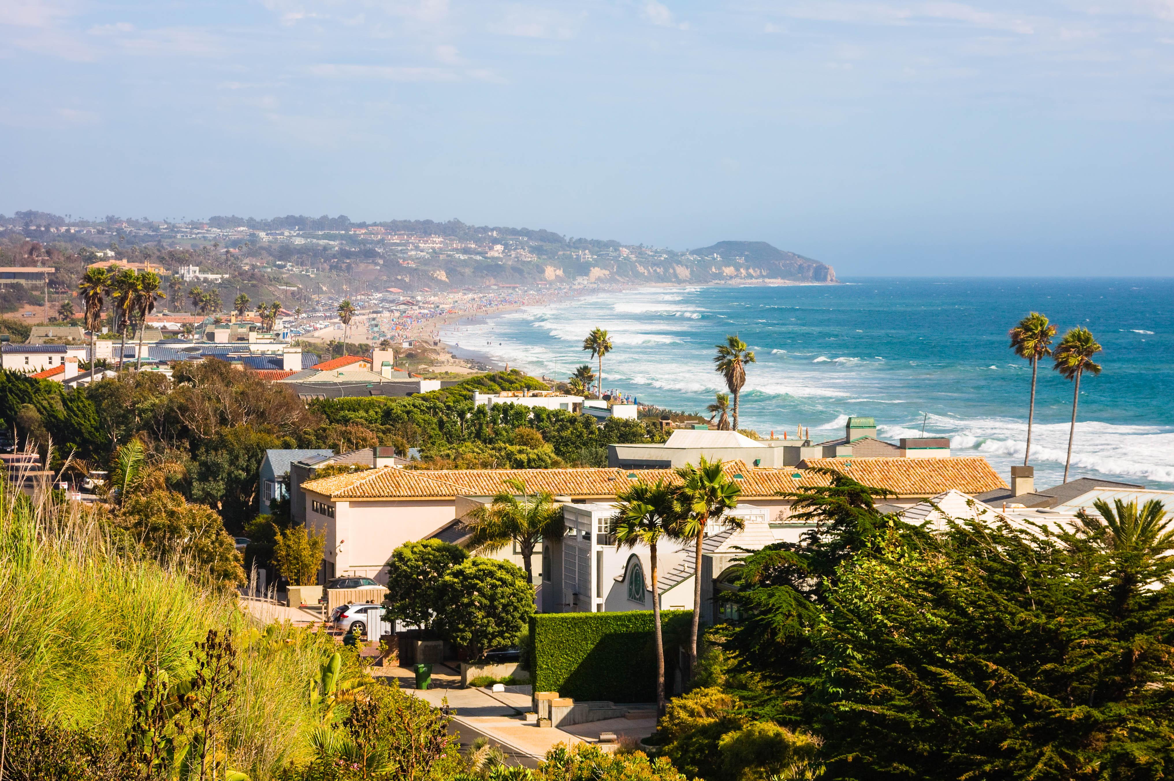 Charlue Harpers Malibu Beach Homes
