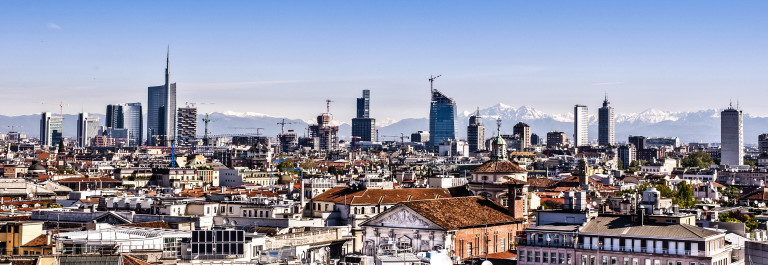 Milan, new panoramic skyline shutterstock_100594498-2