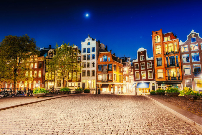 Amsterdam Night shutterstock_330686699-2