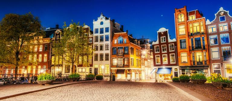 Amsterdam Night shutterstock_330686699-2