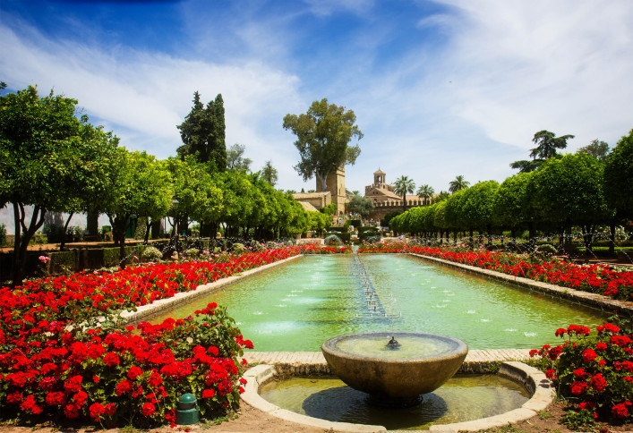 Gardens at the Alcazar de los Reyes Cristianos in Cordoba, Spain shutterstock_281889797-2