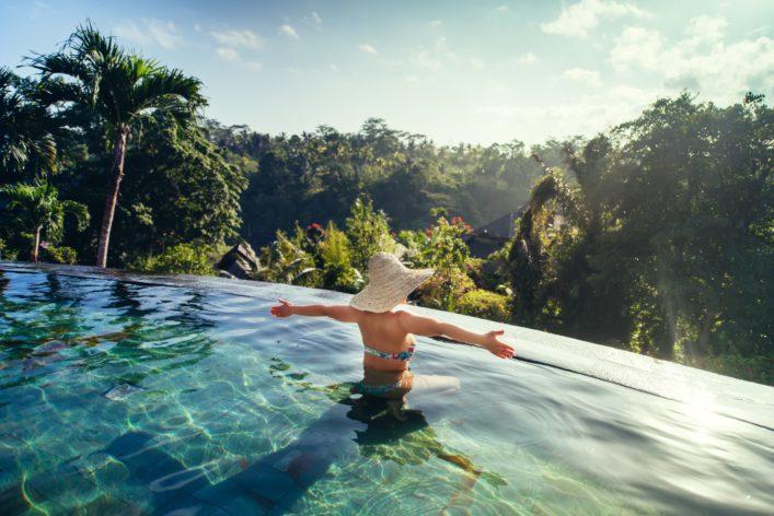 Infinity Pool Bali shutterstock_489726277