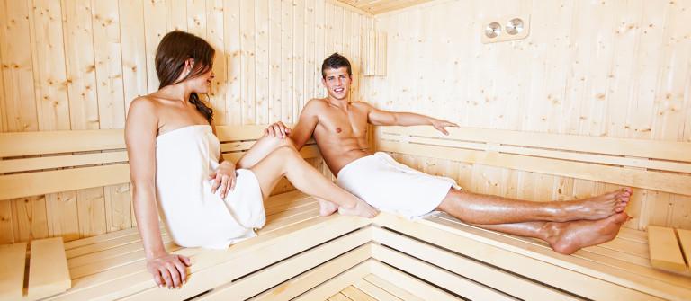 Pair Sauna shutterstock_237777481