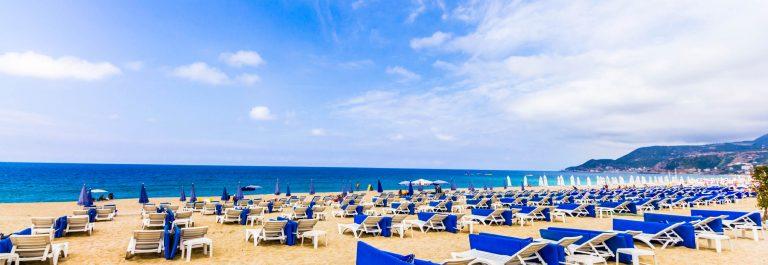 Alanya Beach iStock_000064867973_Large-2