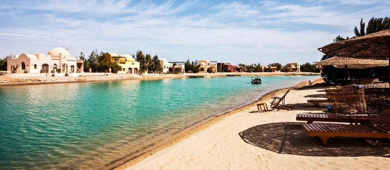 Hurghada Beach Resort iStock_000009271957_Large-2