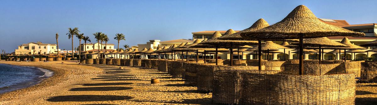 Tropical resort Hurghada Ägypten Egypt shutterstock_183884426-2