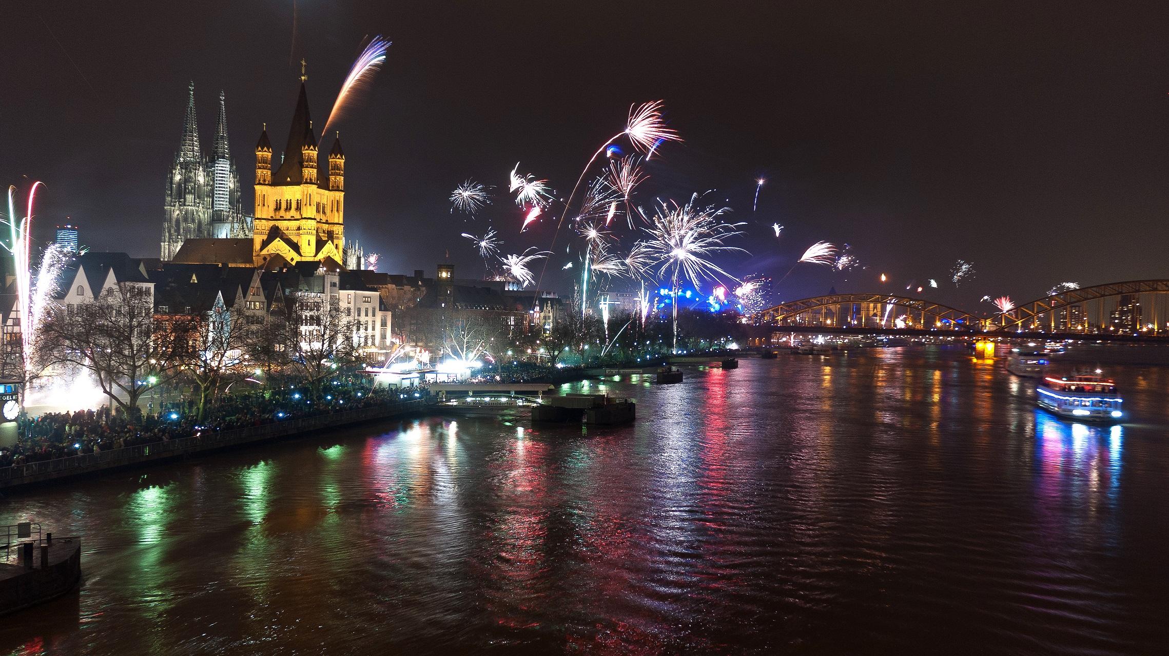 Köln Silvester Feuerwerk