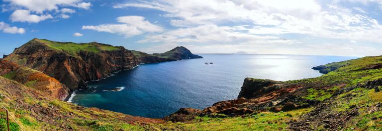 Madeira Panorama iStock_000057741836_Large-2