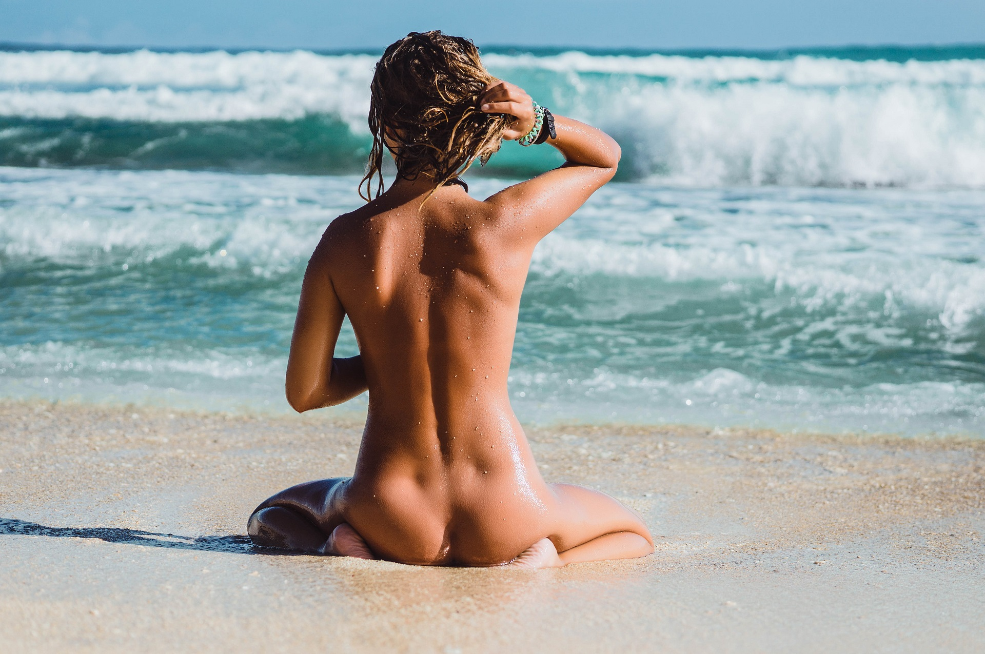 Laws of nude beaches