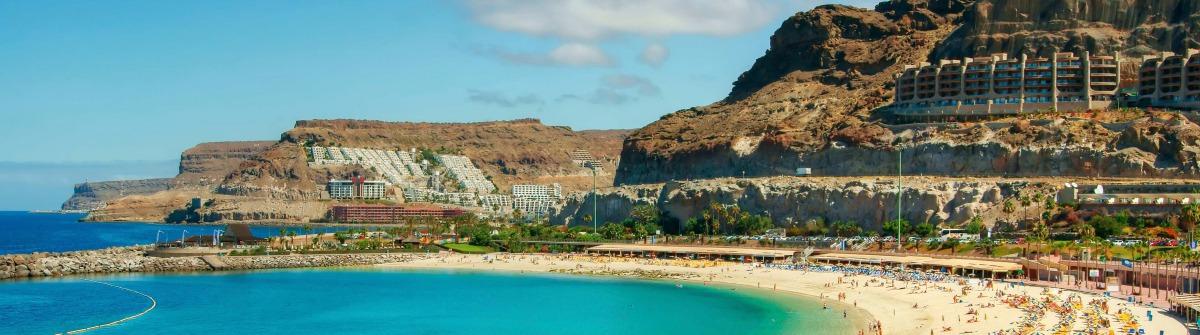 Amadores-beach-Gran-Canaria-Spain-Spanien-iStock_000017333252_Large