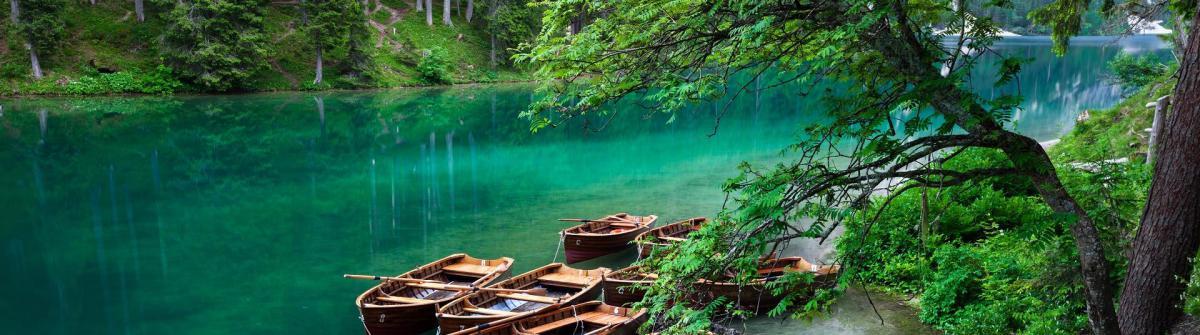 Lago di Braies Italy shutterstock_208207033