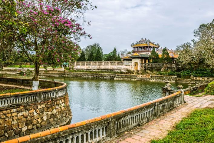 Royal Palace, Hue, Vietnam shutterstock_297673793-2