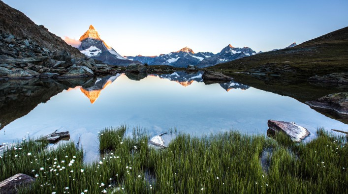 Sunrise on Matterhorn from Riffelsee shutterstock_183666347-2