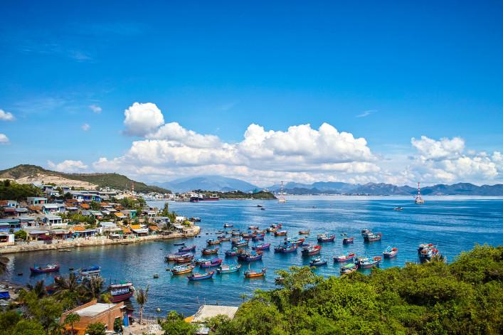 Vietnam NHA TRANG shutterstock_98382038-2