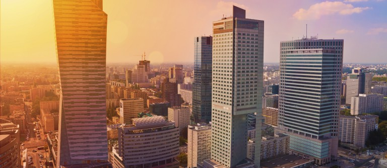 Warszawa_Warsaw_shutterstock__215819068