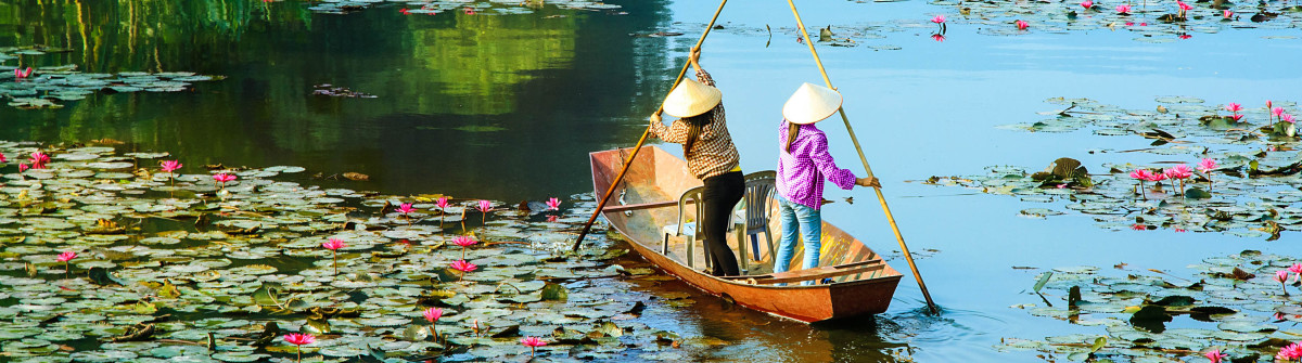 Yen stream on the way to Huong pagoda in autumn, Hanoi, Vietnam shutterstock_338745998-2