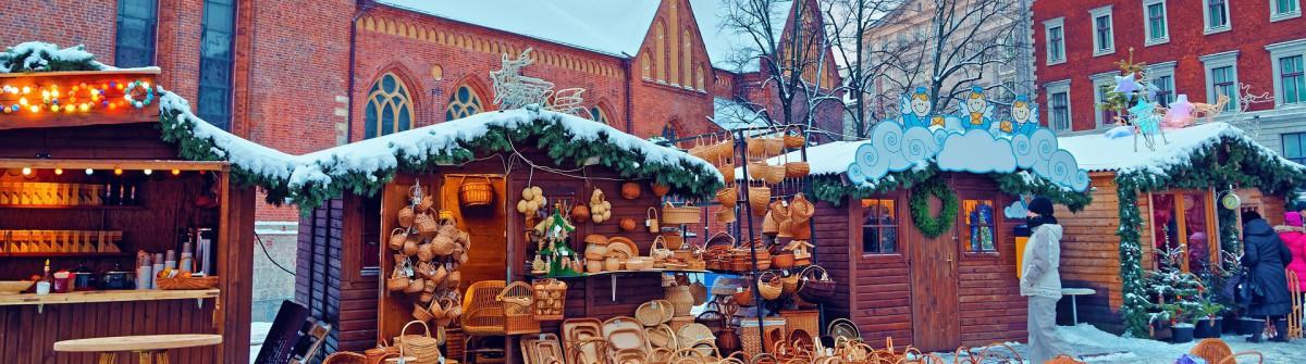 Christmas market_tradition_Riga_Lettland_shutterstock_319145141