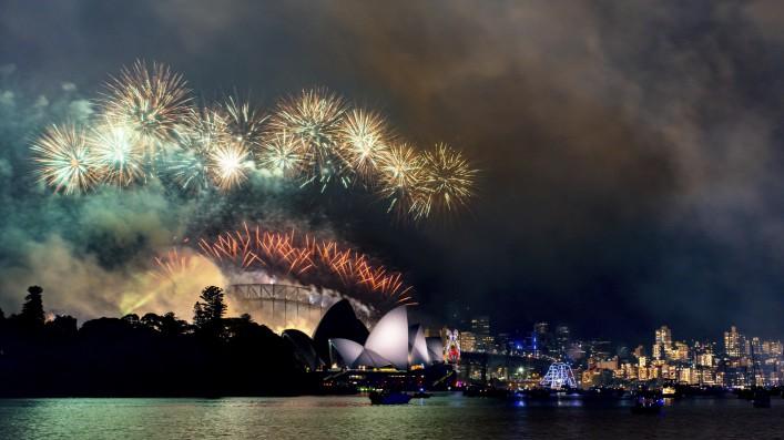 NYE at Sydney Opera House with Harbor Bridge in background