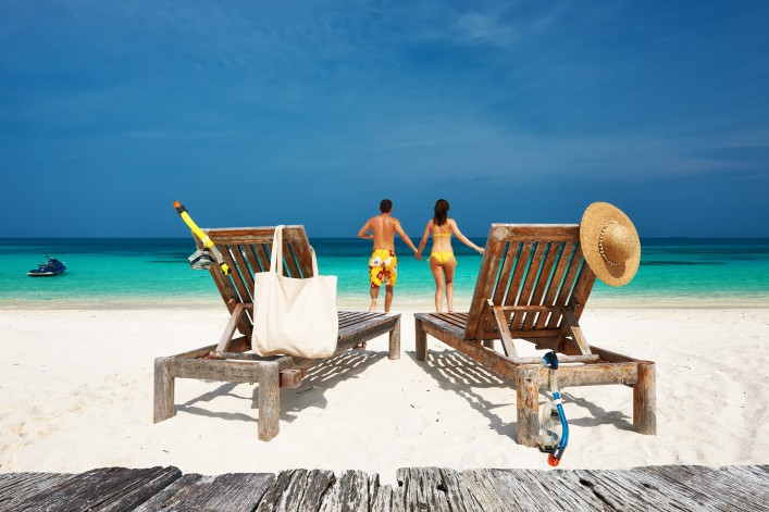 Young couple on Maldives shutterstock_283421222