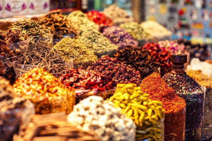 gewürze auf dem markt in sharm el sheikh