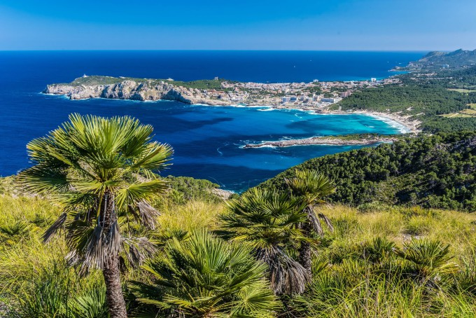 Cala Agulla and beautiful coast at Cala Ratjada of Mallorca, Spain shutterstock_432078658-2