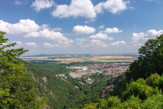 Scenic view from Hexentanzplatz, Thale, Harz, Germany_shutterstock_151168559_klein