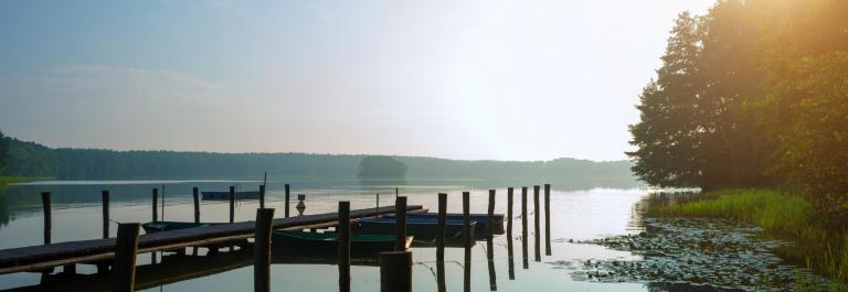 Mecklenburgische Seenplatte iStock_000073147301_Large