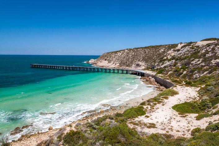 Stenhouse Bay Innes National Park, South Australia shutterstock_186395141-2