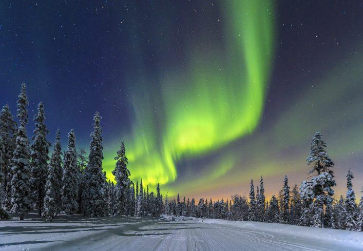 Finland Aurora Borealis iStock_000023507920_Large