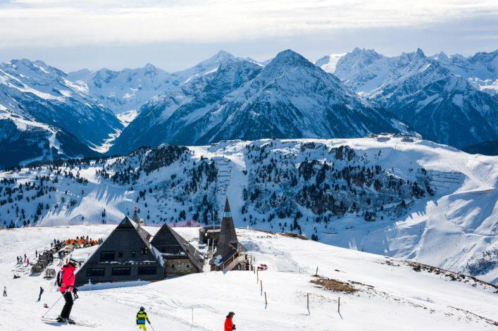 Mayrhofen im Zillertal, Österreich EDITORIAL ONLY lgabriela shutterstock_390641218