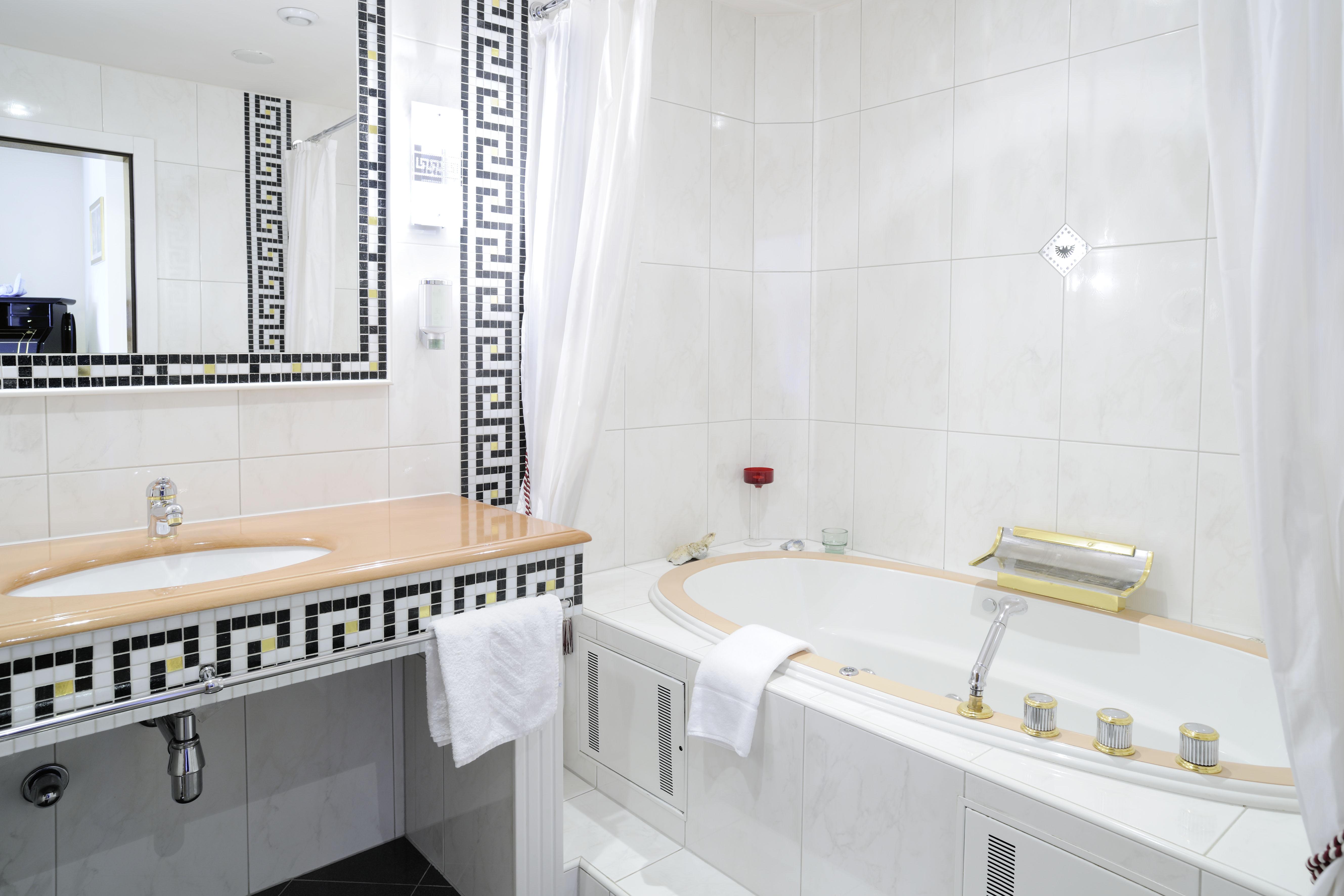 versace badezimmer 28 images luxury tiles archives. Black Bedroom Furniture Sets. Home Design Ideas