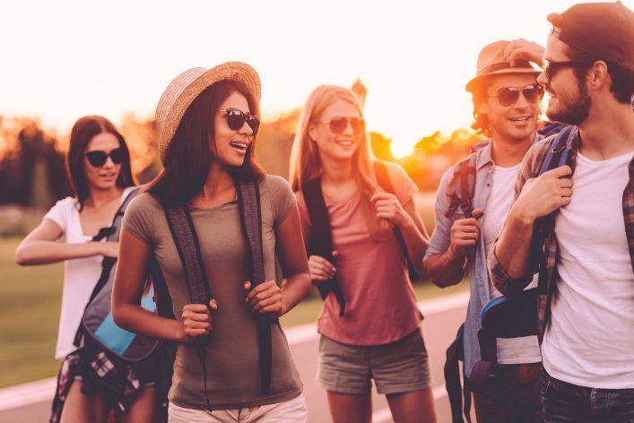 Alleine Reisen Vorteile, neue Menschen kennenlernen