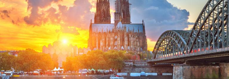 Kölner Dom_shutterstock_156199526
