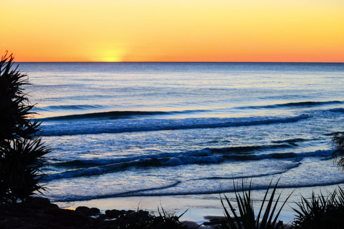 SUNRISE COOLUM