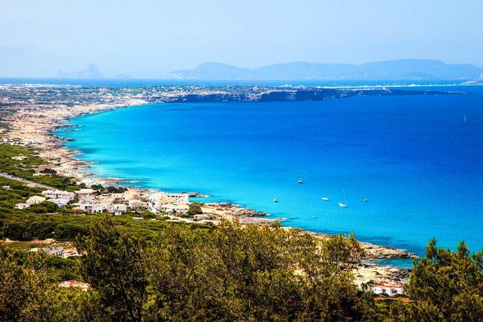 Formentera island shutterstock_104984432-2