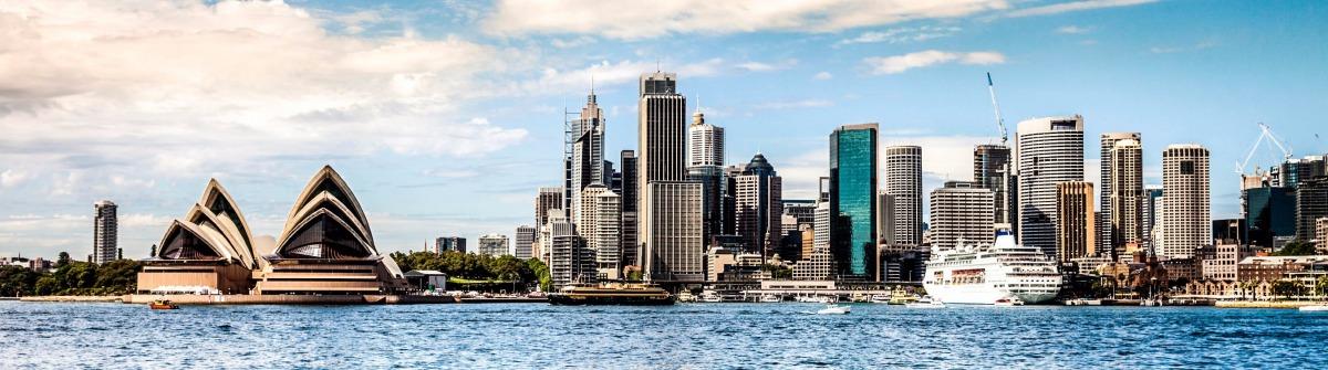 Sydney Opera iStock_000078885729_Large-2