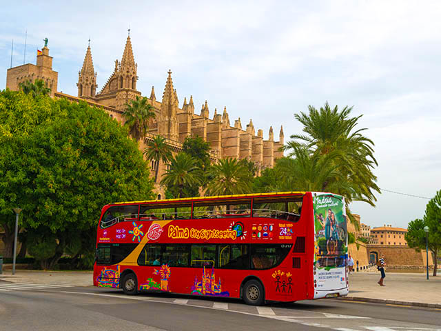 Sightseeing-bus in Palma de Mallorca iStock-525495487 EDITORIAL ONLY Kerstin Waurick
