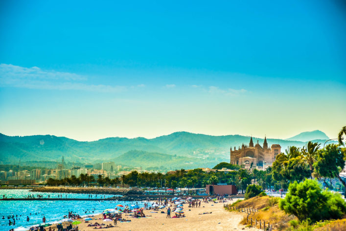 View of the beach of Palma de Mallorca shutterstock_348440033-2