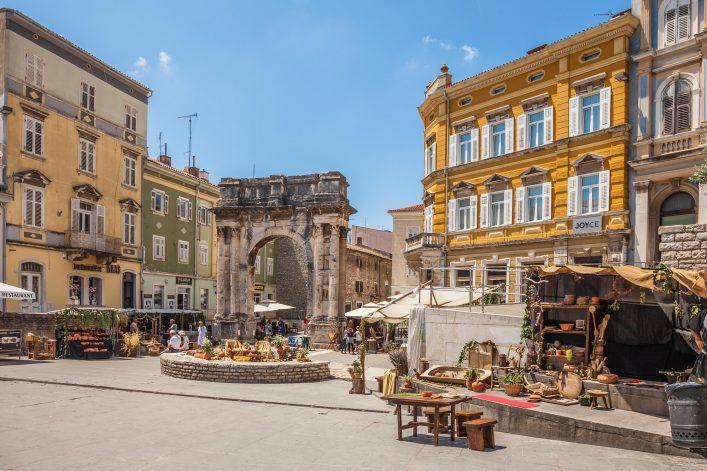 Pula Kroatien Triumphbogen