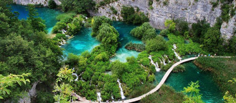 Luftansicht der Plitvicer Seen in kroatien