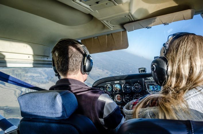 Mitflugzentrale Privatflugzeug Privatpilot Cockpit