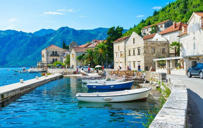Der Ort Perast in Montenegro
